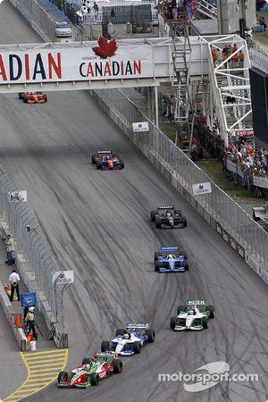 Course : Adrian Fernandez devant Michael Andretti