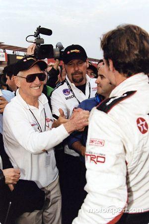 Cristiano da Matta félicité par Paul Newman