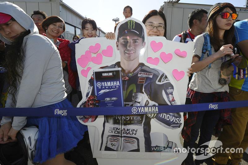 Уболівальники Хорхе Лоренсо, Yamaha Factory Racing