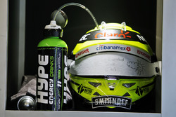 El casco de Sergio Pérez, Sahara Force India F1 - Hype Energy Drink