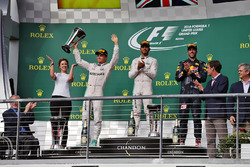 Подиум: Виктория Ваулз; Нико Росберг, Mercedes AMG F1; Льюис Хэмилтон, Mercedes AMG F1; Даниэль Риккардо, Red Bull Racing
