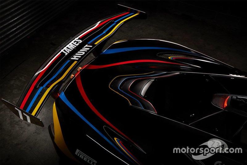 McLaren P1 GTR in James Hunt-livery