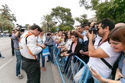 Alfonso Celis Jr., AVF signe des autographes pour les fans