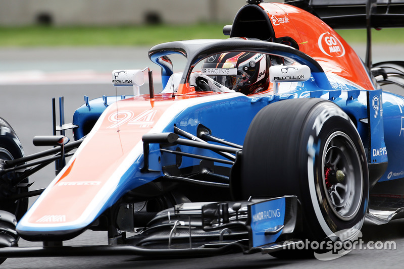 Pascal Wehrlein, Manor Racing MRT05 with the Halo cockpit cover