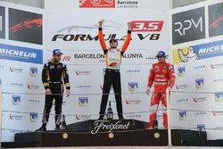 Podium : Le vainqueur et champion Tom Dillmann, AVF; le deuxième Roy Nissany, Lotus; le troisième Pietro Fittipaldi, Fortec Motorsports