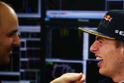 Max Verstappen, Red Bull Racing, mit Gianpiero Lambiase, Red Bull Racing