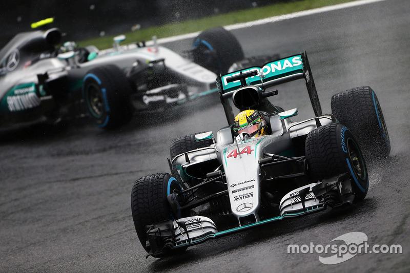 35e doublé pour Mercedes