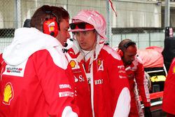 Кімі Райкконен, Ferrari та Дейв Грінвуд, гоночний інженер Ferrari на стартовій решітці