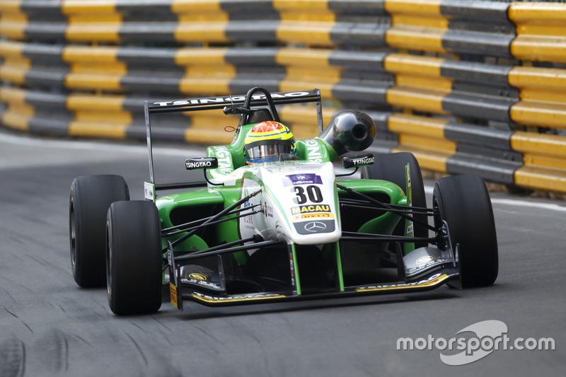 10. Alexander Sims, Double R Racing Dallara Mercedes