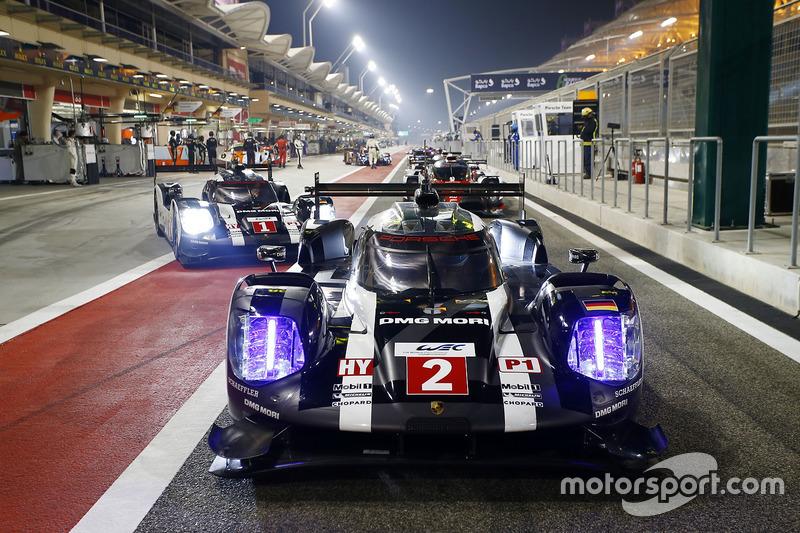 #2 Porsche Team Porsche 919 Hybrid: Romain Dumas, Neel Jani, Marc Lieb, #1 Porsche Team Porsche 919 Hybrid: Timo Bernhard, Mark Webber, Brendon Hartley