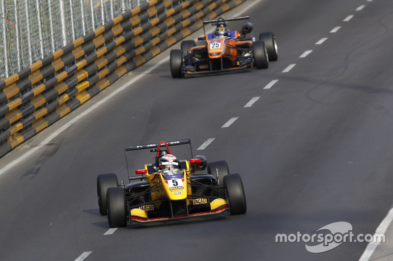 20. Jann Mardenborough, B-Max Racing Team, Dallara Volkswagen