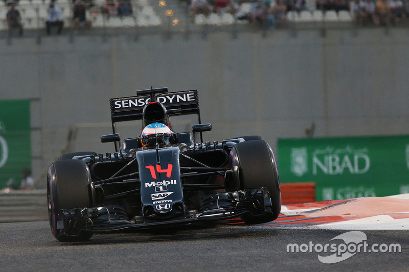 9º Fernando Alonso, McLaren MP4-31