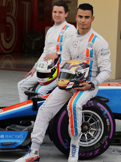 Pascal Wehrlein, Manor Racing and Jordan King, Manor Racing Development Driver at a team photograph