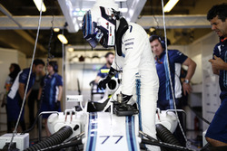 Valtteri Bottas, Williams, climbs in to his car