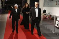 Bernie Ecclestone mit seiner Frau Fabiana Flosi und Chase Carey