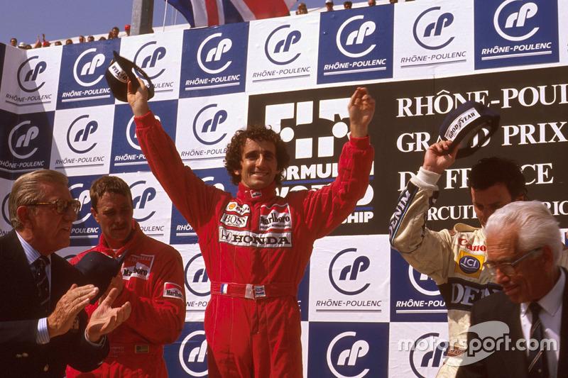 3. Alain Prost: 106 podios (52,47%)