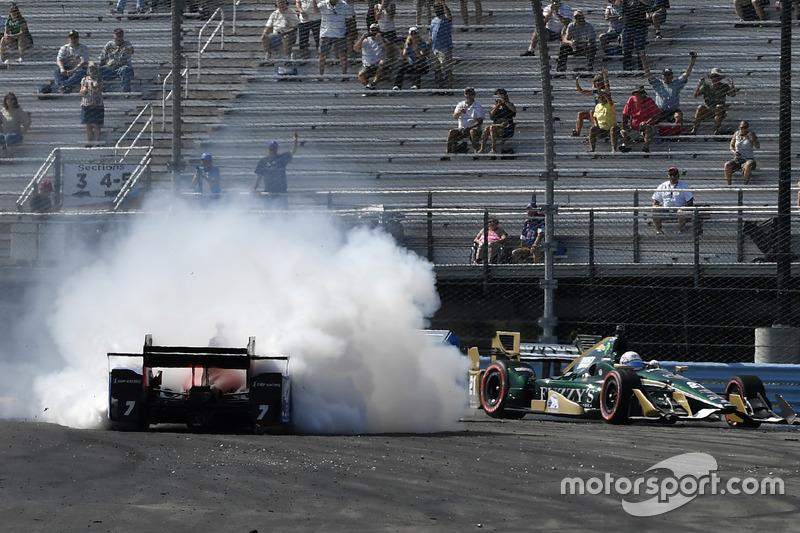 L'incidente di Josef Newgarden, Ed Carpenter Racing, Mikhail Aleshin, Schmidt Peterson Motorsports