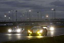 #63 Scuderia Corsa Ferrari 488 GT3: Крістіна Нільсен, Алессандро Бальдзан, Маттео Крессоні, Сем Бьорд