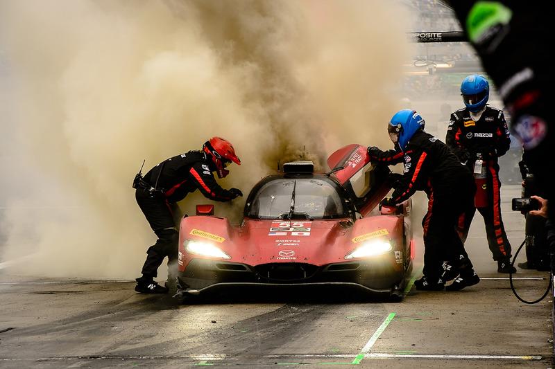 2. #55 Mazda Motorsports Mazda DPi: Jonathan Bomarito, Tristan Nunez, Spencer Pigot, on fire in the pits