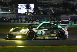 №28 Alegra Motorsports Porsche 911 GT3 R: Даниэль Морад, Джесси Лазаре, Карлос де Кесада, Майкл де Кесада, Микаэль Кристенсен