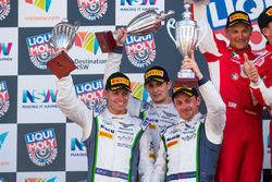 Podio: #8 Bentley Team M-Sport, Bentley Continential GT3: Steven Kane, Guy Smith, Oliver Jarvis