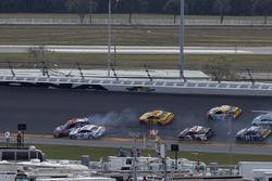 Unfall: Denny Hamlin, Joe Gibbs Racing, Toyota; Brad Keselowski, Team Penske, Ford