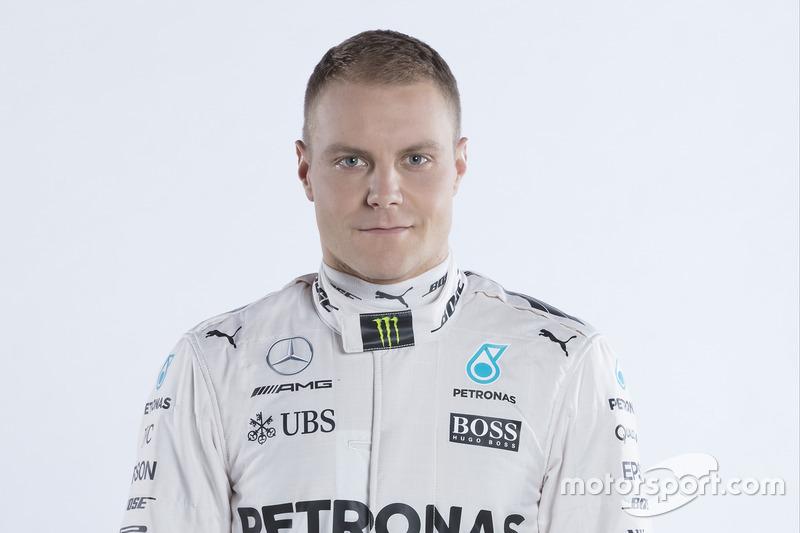 Валттери Боттас выиграл квалификацию Гран-При Австрии