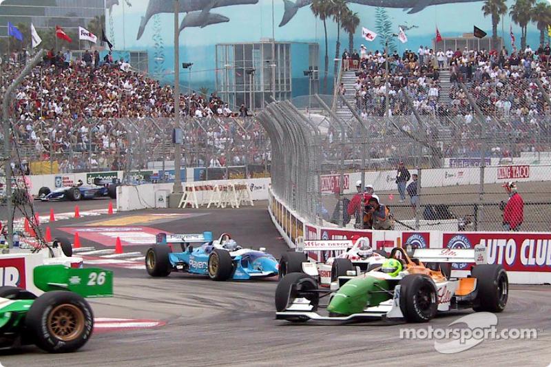Christian Fittipaldi et le reste du peloton