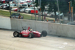 Jimmy Vasser out of the race at the start