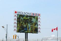 Canadian fans on jumbo screen