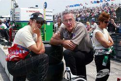 Adrián Fernández, Fernandez Racing Co equipo propietario Tom Anderson y Shinji Nakano