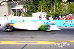 Christian Fittipaldi en image floutée