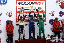 LE podium:Gagnant de la course Dario Franchitti avec Paul Tracy et Tony Kanaan