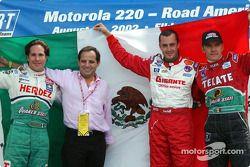 Conferencia de presna de pilotos mexicanos: Mario Domínguez, Héctor Rebáque, Michel Jourdain Jr. y A