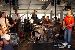 Jam session with Cristiano da Matta, Laz Denes, Patrick Carpentier and Kenny Brack