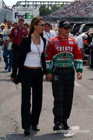 Adrián Fernándezz y Michelle