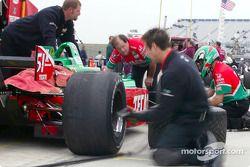 Pitstop practice for Fernandez Racing