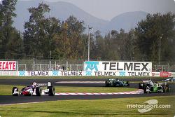 Tony Kanaan lidera a Christian Fittipaldi