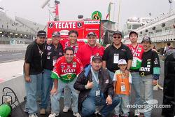 Fernández Racing fans