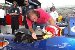 Emerson Fittipaldi and Tiago Monteiro