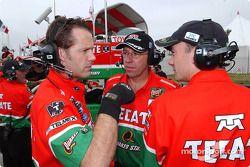 Fernandez Racing team members