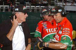 Fernandez Racing co-owner Tom Anderson with team members