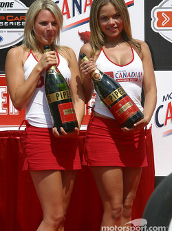 Podium: Molson Indy hostesses and the champagne