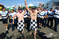 Patrick started it last year and it is now a tradition at Mid-Ohio: Paul Tracy and Patrick Carpentier run semi-naked in the paddock