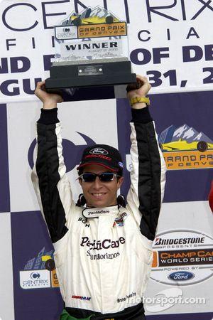 Podium: race winner Bruno Junqueira