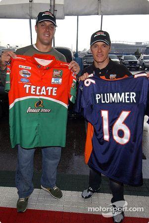Denver Broncos quaterback Jake Plummer visits Adrian Fernandez