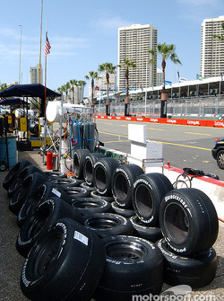 Des pneus, des pneus, encore des pneus !