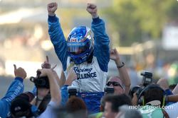 Paul Tracy takes the Championship