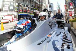 Ryan Hunter-Reay emmène un invité dans la Champ Car biplace