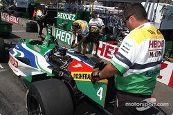 L'équipe de Ryan Hunter-Reay prépare la n°4 pour les qualifications